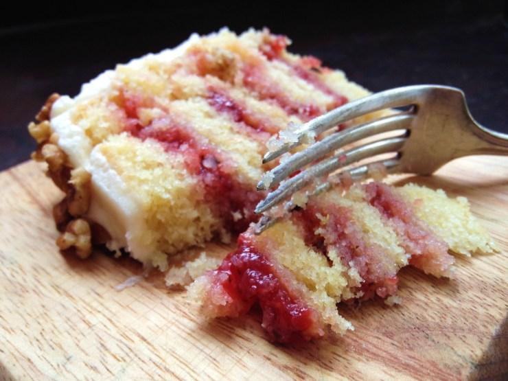 strawberry tarragon cake